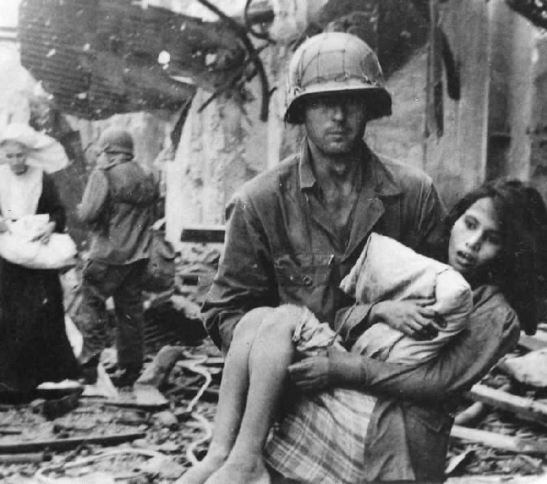 How many US soldiers died in World War 2 - answers.com