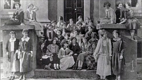 College of Charleston women 1920's